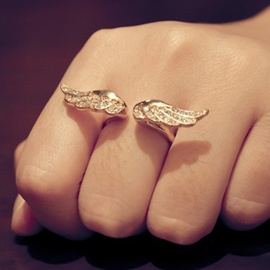 Wings Shaped Unique Alloy Ring