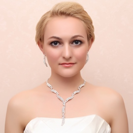 Ericdress Chic Alloy Beading Jewel Set including earring and necklace