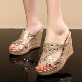 Luxurious Sequins Peep-toe Wedge Sandals