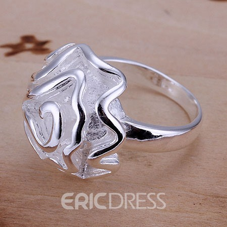 Flower Shaped Women's Ring