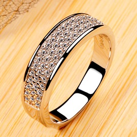 Dazzling NSCD Diamond Decorated Pt950 Engagement/Wedding Band