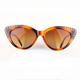 Ericdress Vintage Sharp Point Rivets Sunglasses