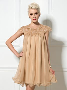 Manches courtes Ericdress applications paillettes robe de Cocktail courte