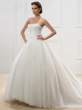 Ericdress Unique Appliques Strapless Court Train Wedding Dress