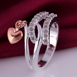 Metal Heart and Shining Rhinestone Decorated Ring
