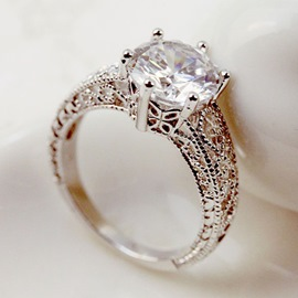 Delicate Crystal Decorated Hollow-out Ring