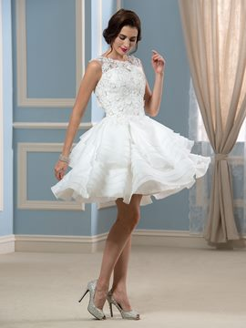 Ericdress Button Tiered Lace Short Wedding Dress