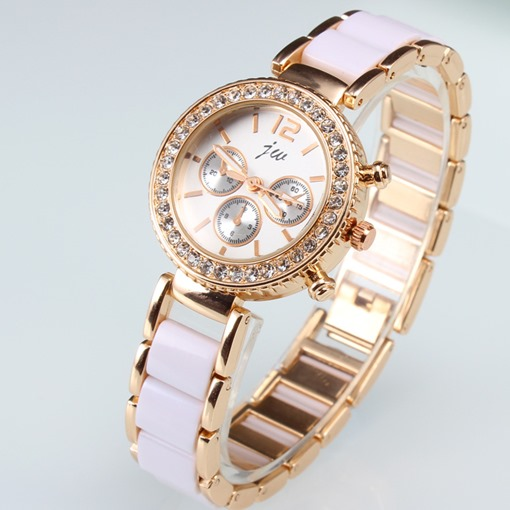 Vogue Zircon-studded Female Alloy Watch