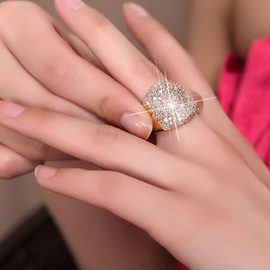 Shining Zircon-Studded Luxurious Ring