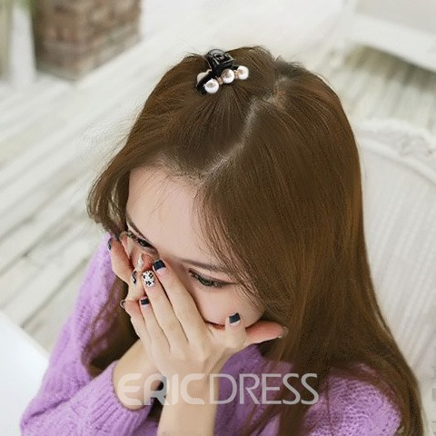 Pure Pearl and Rhinestone Decorated Hair Clip