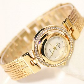 Shining All Rhinestone Decorated Dial Watch