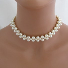Gorgeous Pearl Decorated Concise Necklace