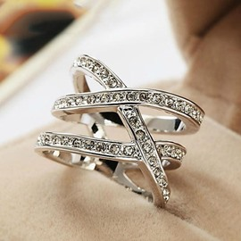 Concise Crystal Decorated Female Alloy Ring
