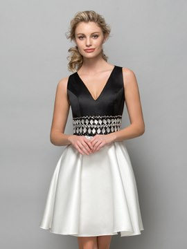 Ericdress V-Neck Beading Hollow Cocktail Dress