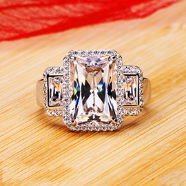 High-End Simulation Of Diamond Wedding Ring