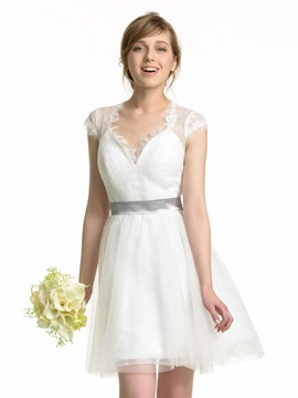 Ericdress Charming V Neck Lace Short Bridesmaid Dress