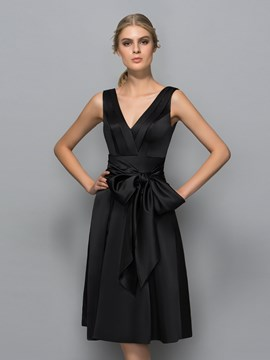 Ericdress V-Neck A-Line Bow Knee-Length Cocktail Dress