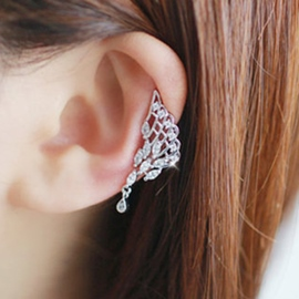 Hollow Out Angel Wing Ear Cuff