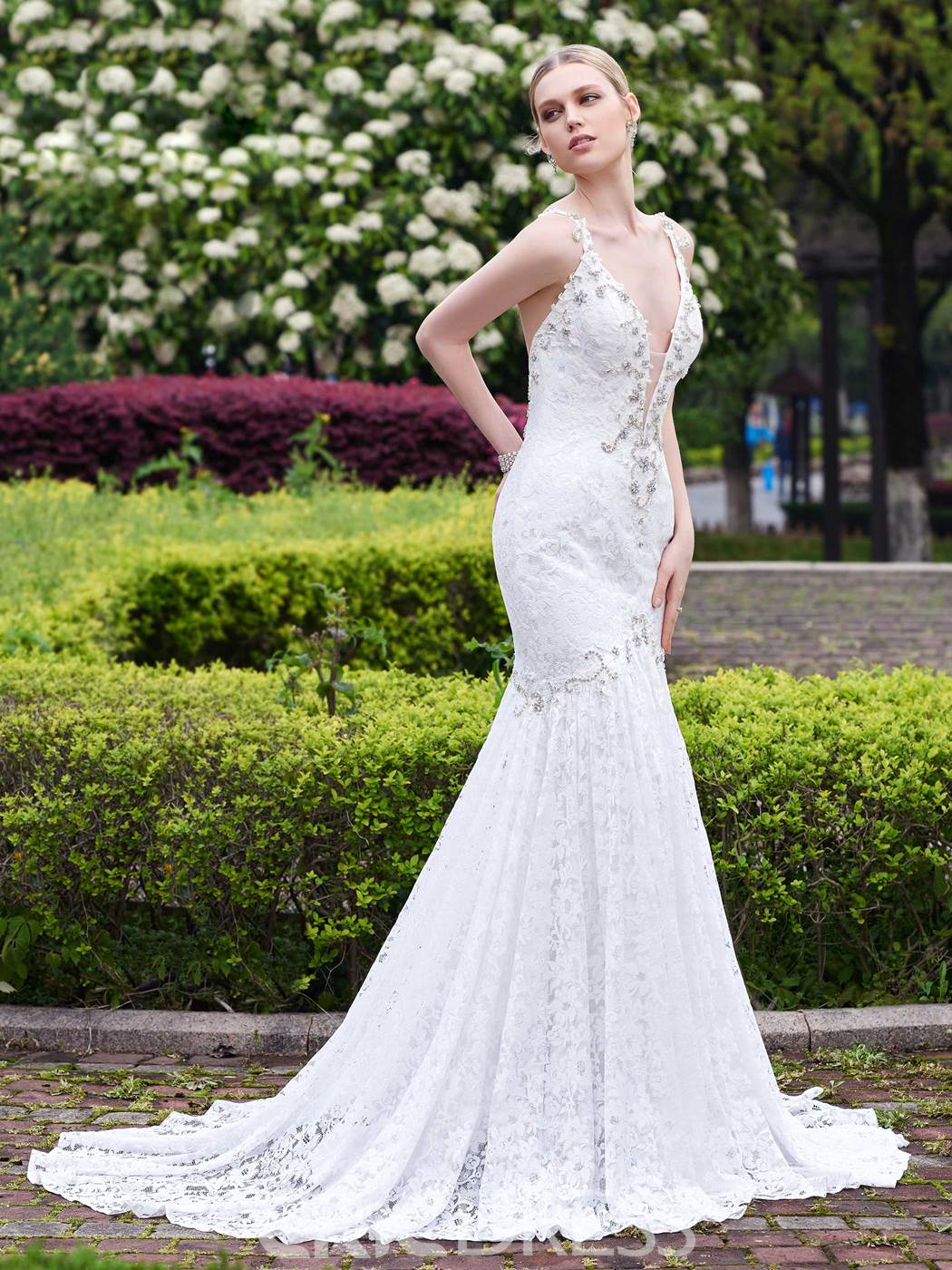 Ericdress Sexy Deep V-Neck Backless Lace Wedding Dress