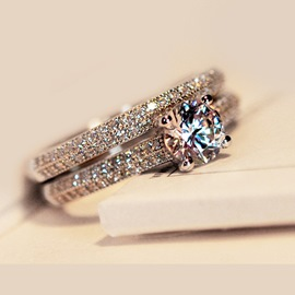 925 Sterling Silver Rhinestone Ring