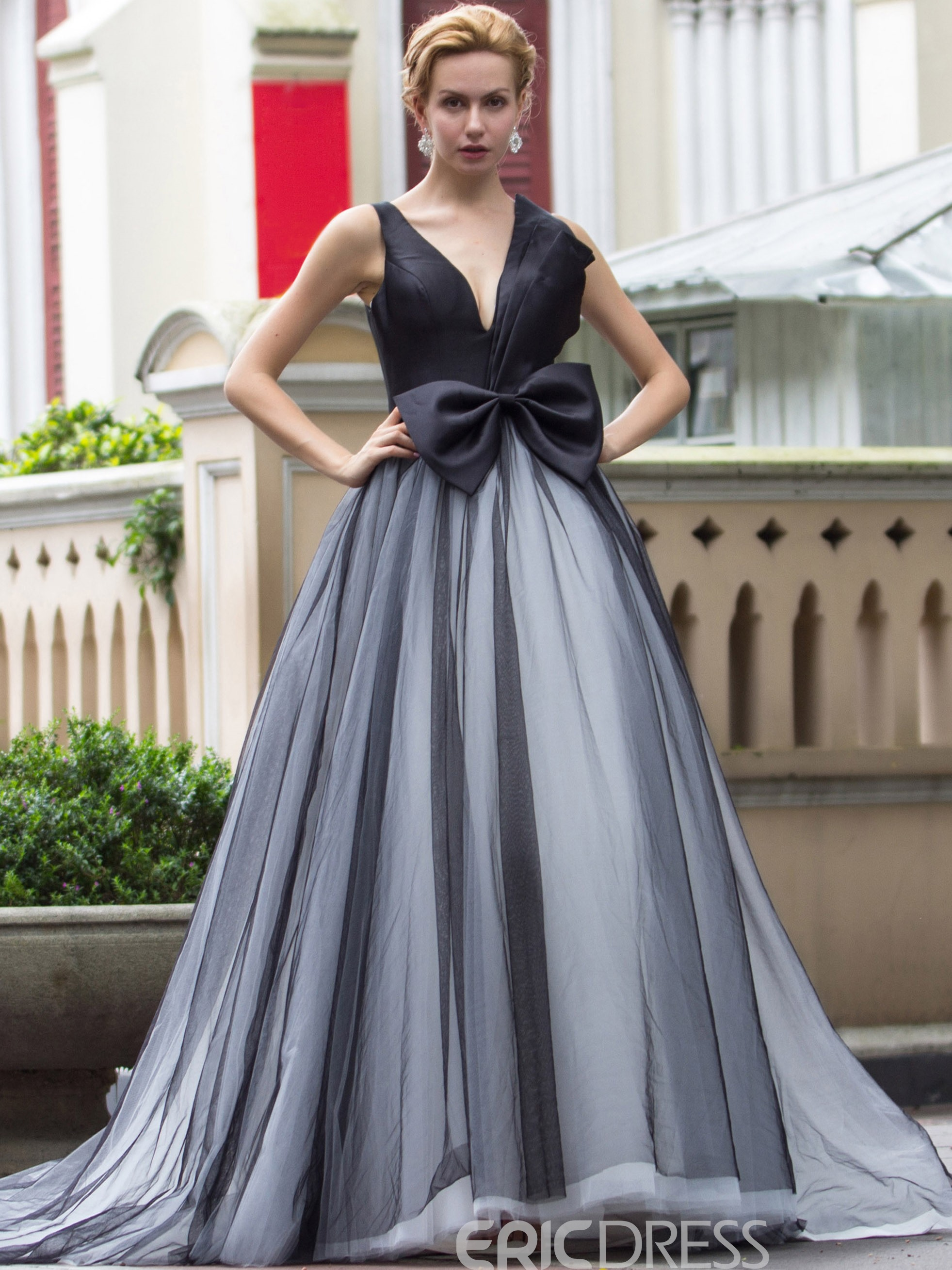 a97b3c3b93ea80 Ericdress V-Neck Ball Gown Bowknot Court Train Quinceanera Dress |  ExtraordinaryDresses.com