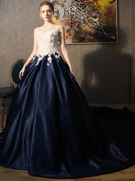 Ericdress Scoop Ball Gown Appliques Tribunal Train robe de Quinceanera