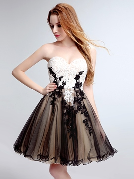 Ericdress A-Line Sweetheart Appliques Beading Lace Short Homecoming Dress