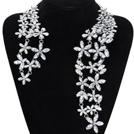 Ericdress Shining Rhinestone Flowers Necklace