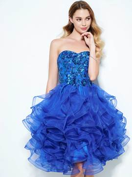Ericdress a-ligne Sweetheart en cascade Ruffles Sequins mi-longues Homecoming robe