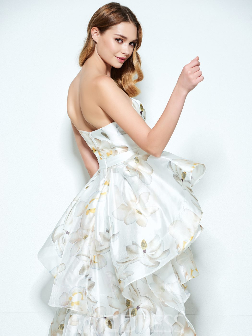 Ericdress A-Line Scoop Neck Tea-Length Prom Dress With Appliques And Sequins