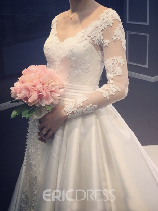 Ericdress V-Neck Appliques Long Sleeves Wedding Dress