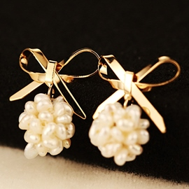 Ericdress Pearl Bowknot Stud Earrings