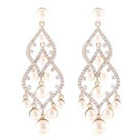 Ericdress Pearl Flower Pendant Earrings
