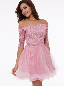 Ericdress a-ligne Off-the-Shoulder manches demi Appliques court Homecoming robe