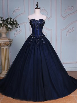 46a5b2873b8 Ericdress Sweetheart Ball Gown Appliques Beading Court Train Quinceanera  Dress