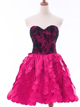 Ericdress a-ligne Sweetheart dentelle perlée Homecoming court robe
