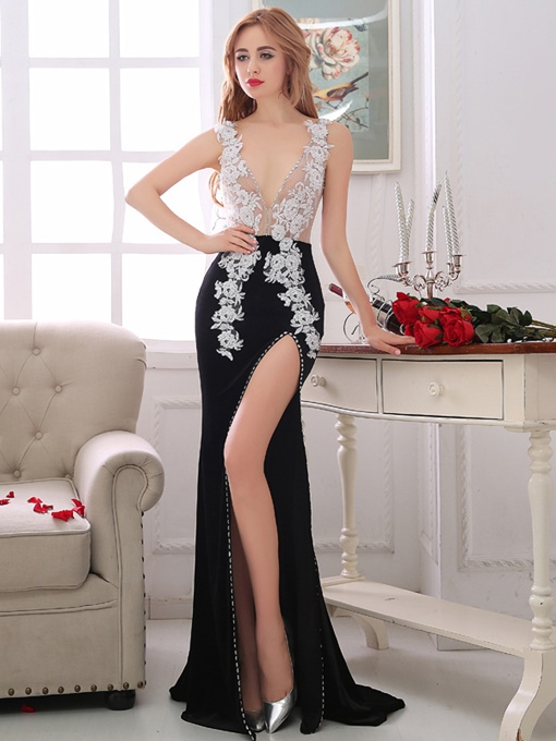 Ericdress Sheath V-Neck Appliques Crystal Court Train Evening Dress