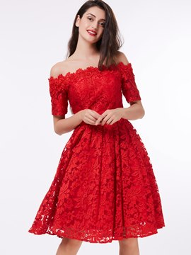 Ericdress au large de l'épaule manches courtes dentelle rouge Homecoming robe