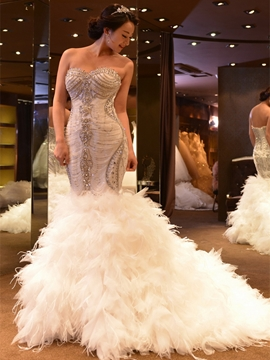 Sweetheart Appliques Mermaid Wedding Dress With Beadings