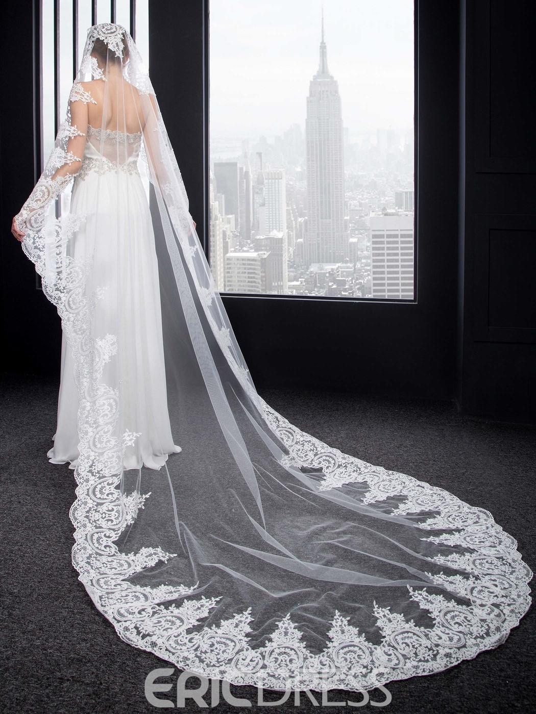 Ericdress Charming Lace Appliques Cathedral Wedding Veil