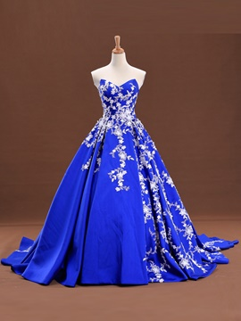 Train ericdress robe de bal appliques de dentelle sweetheart tribunal robe de quinceanera lacets