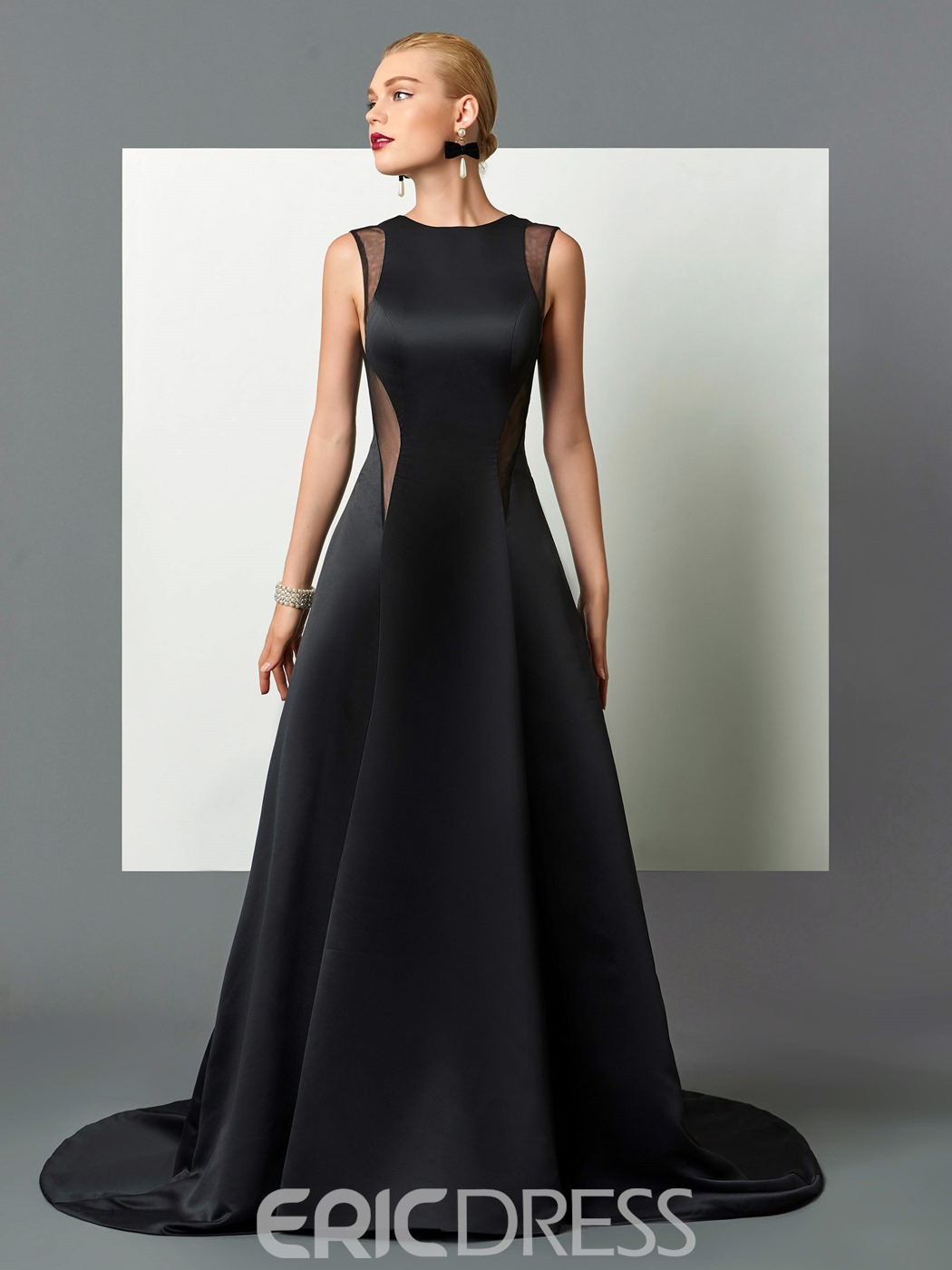 Ericdress Classic Black A Line Scoop Neck Deep Back Long Evening Dress With Court Train