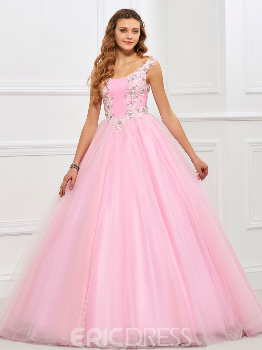 Ericdres Sweet Ball Straps Applique Lace Tulle Quinceanera Gown
