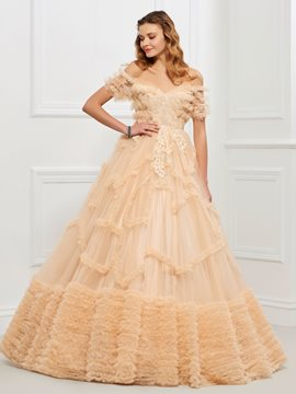 Ericdress Off-the-Shoulder Ball Gown Applikationen abgestufte bodenlangen Quinceanera Kleid