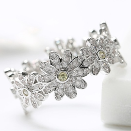 Ericdress Charming Rhinestone Flowers Design Ring