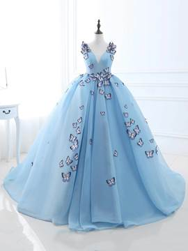 Ericdress Ball V-Neck Appliques Embroidery Quinceanera Dress With Court Train