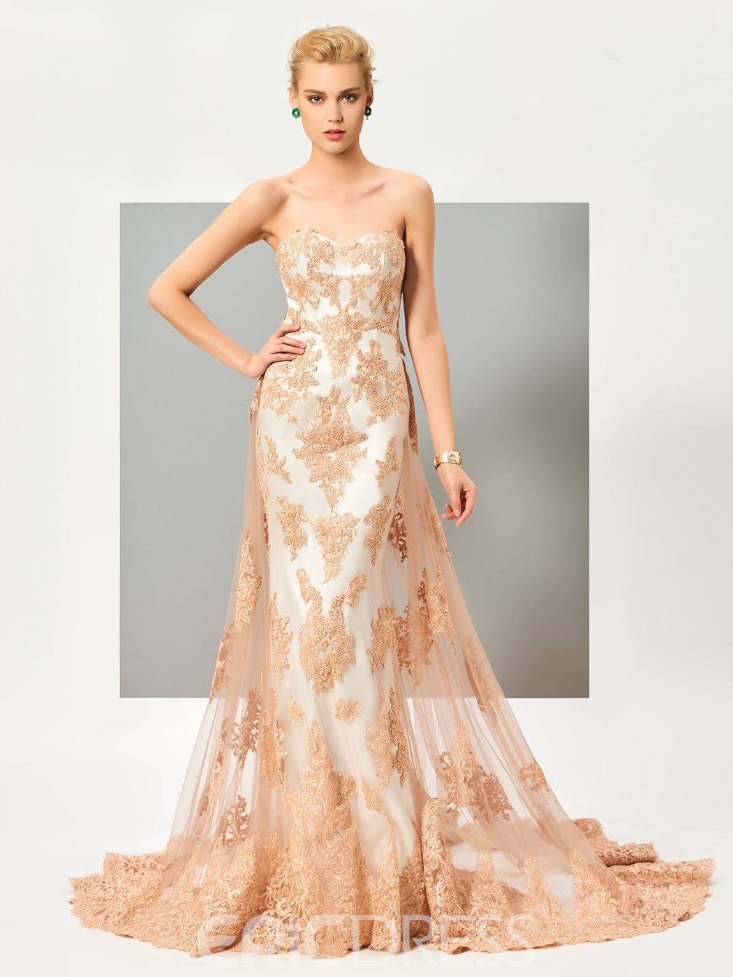 Ericdress Fabulous Strapless Lace Applique Mermaid Evening Dress With Court Train