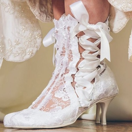 Ericdress Charming White Lace Low Heel Wedding Shoes