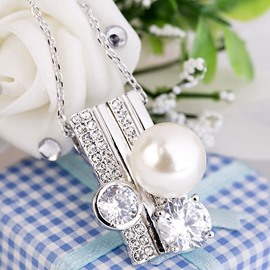 Ericdress Pearl and Rhinestone Inlaid Ring Pendant Necklace