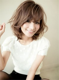 Ericdress Short Wavy Bob Hairstyle Pixie Haircut with Wispy Bangs Synthetic Hair Capless Wig 12 Inches